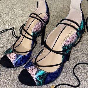 Shoe dazzle lace up heels
